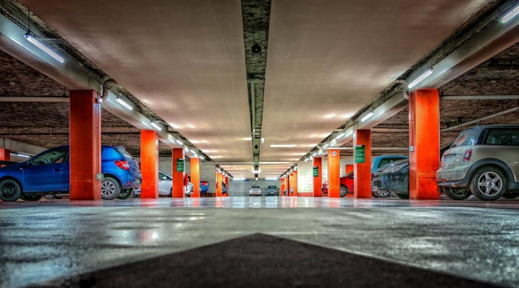 Une offre de stationnement : un parking souterrain de la ville de Lyon.